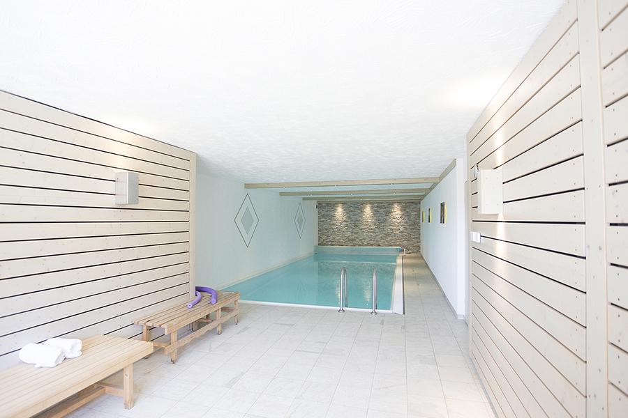 Wellness.Schwimmbad -Hallenbad