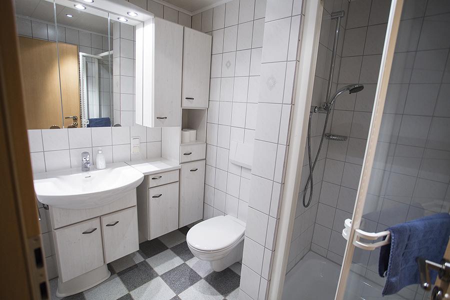 Badezimmer Wohnung 12